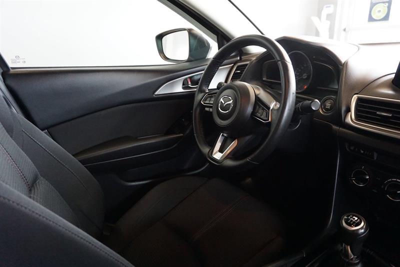 Mazda 3 36