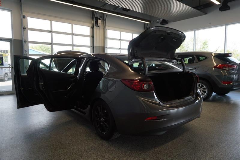 Mazda 3 48