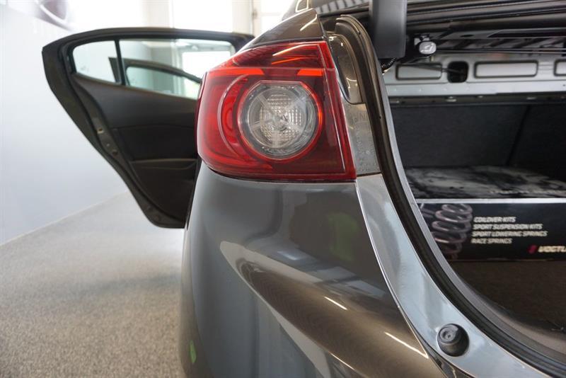 Mazda 3 49
