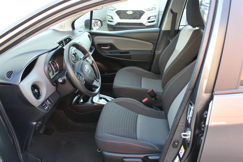 toyota Yaris Hatchback 2018 - 12
