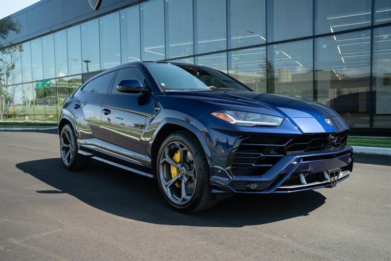 Lamborghini Urus 4