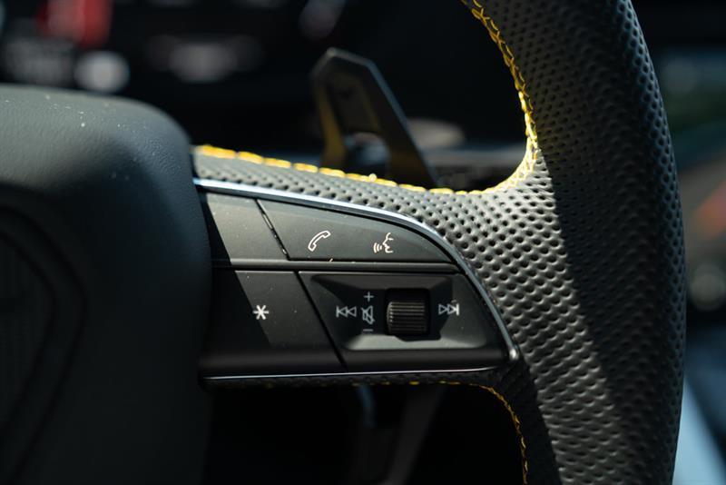 Lamborghini Urus 36