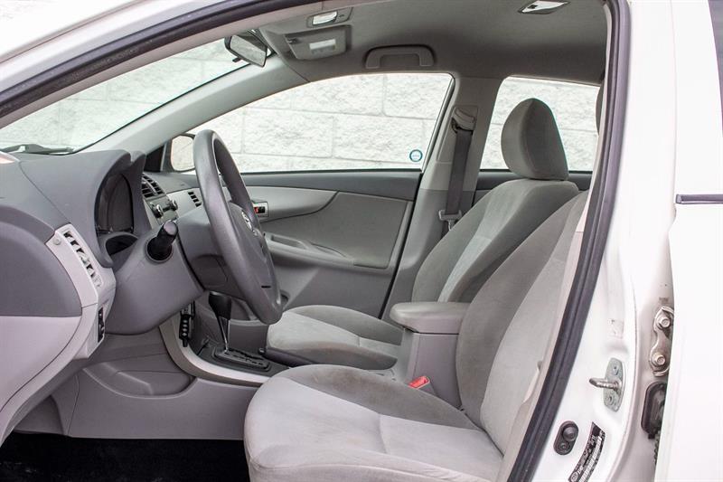 toyota Corolla 2010 - 20
