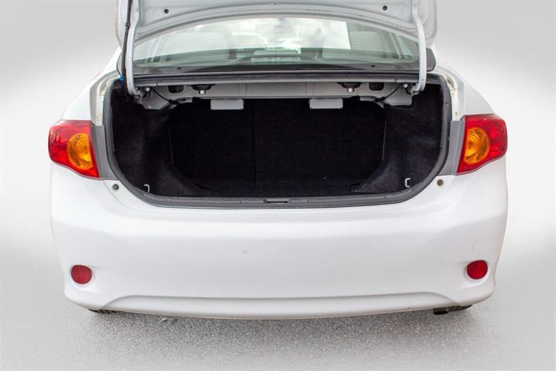 toyota Corolla 2010 - 28