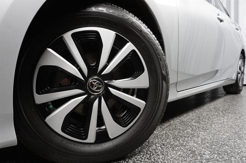 toyota Prius Prime 2019 - 10