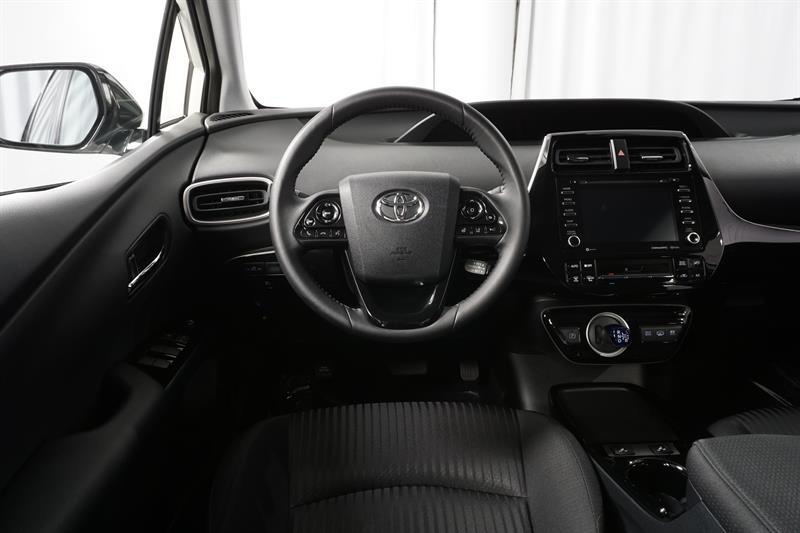 Toyota Prius Prime 11