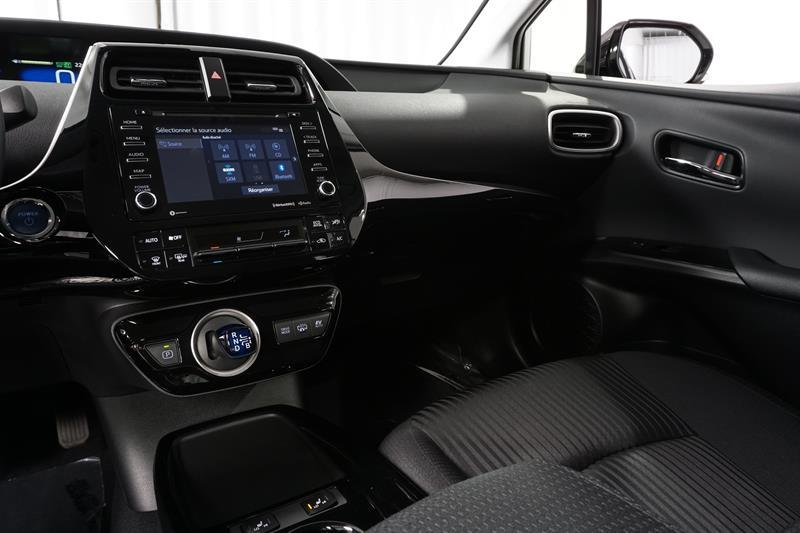 Toyota Prius Prime 16