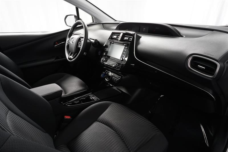 Toyota Prius Prime 24