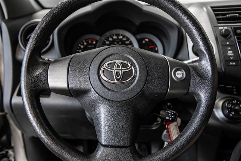 toyota RAV4 2010 - 12
