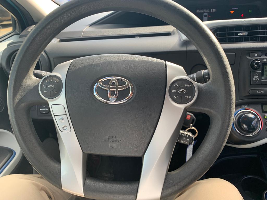 toyota Prius 2012 - 14