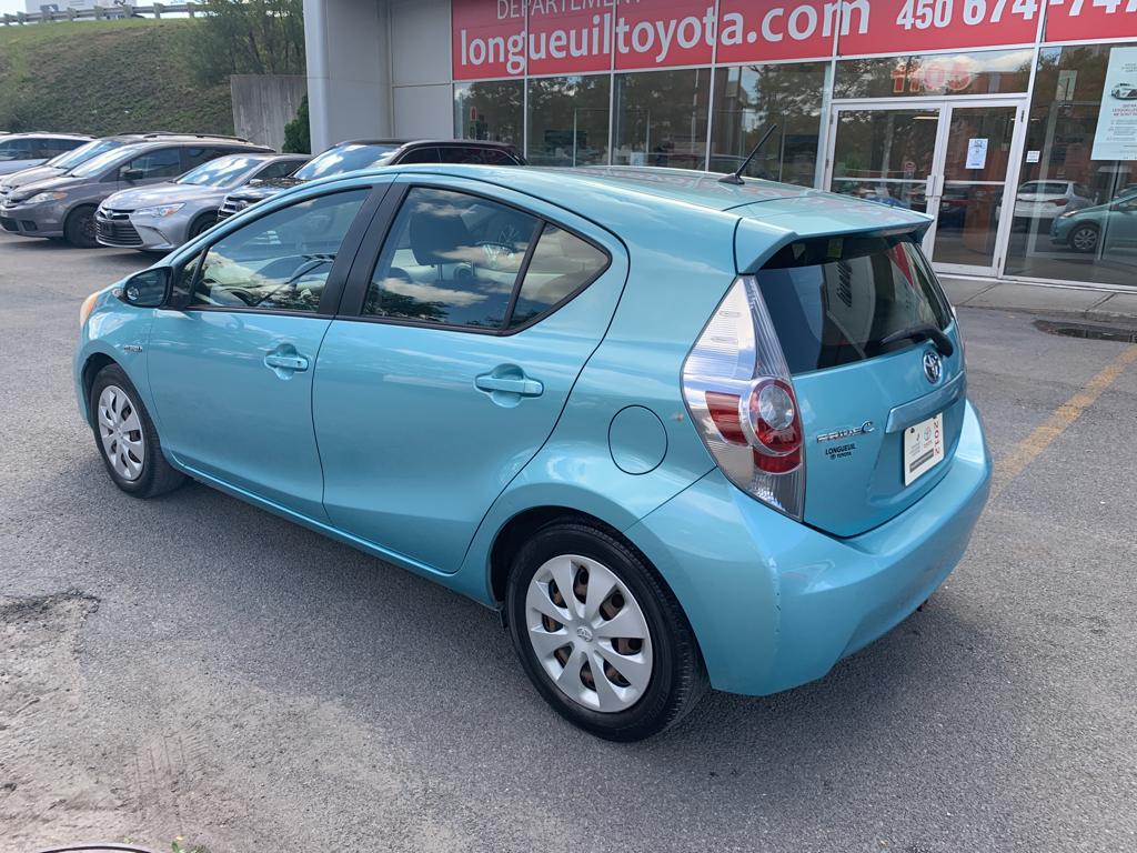 toyota Prius 2012 - 16