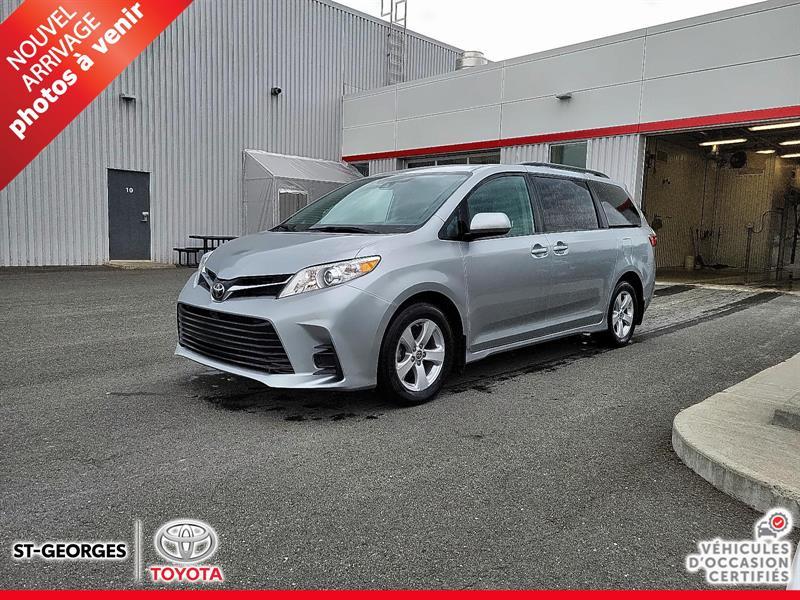 2020 Toyota  Sienna LE / FWD