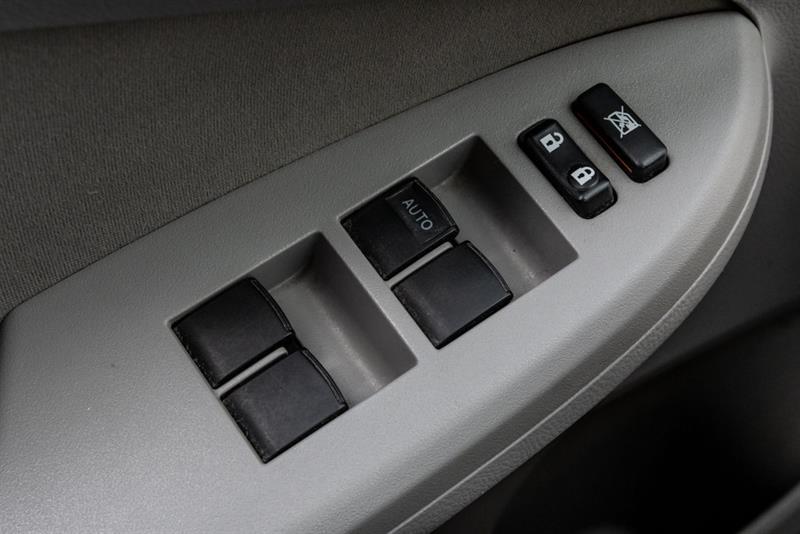 toyota Corolla 2011 - 15