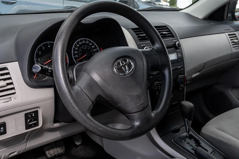 toyota Corolla 2011 - 20