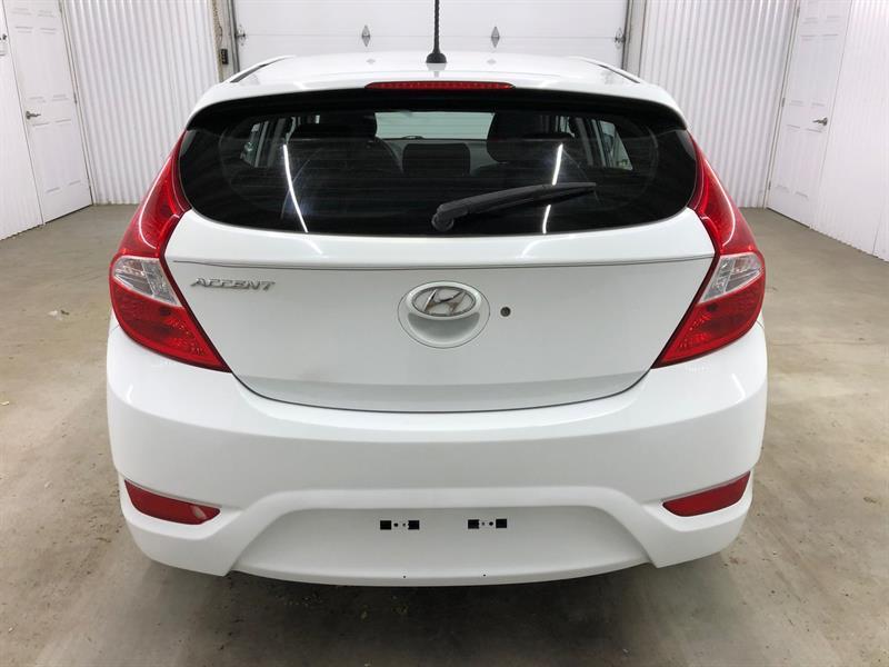 Hyundai Accent 5