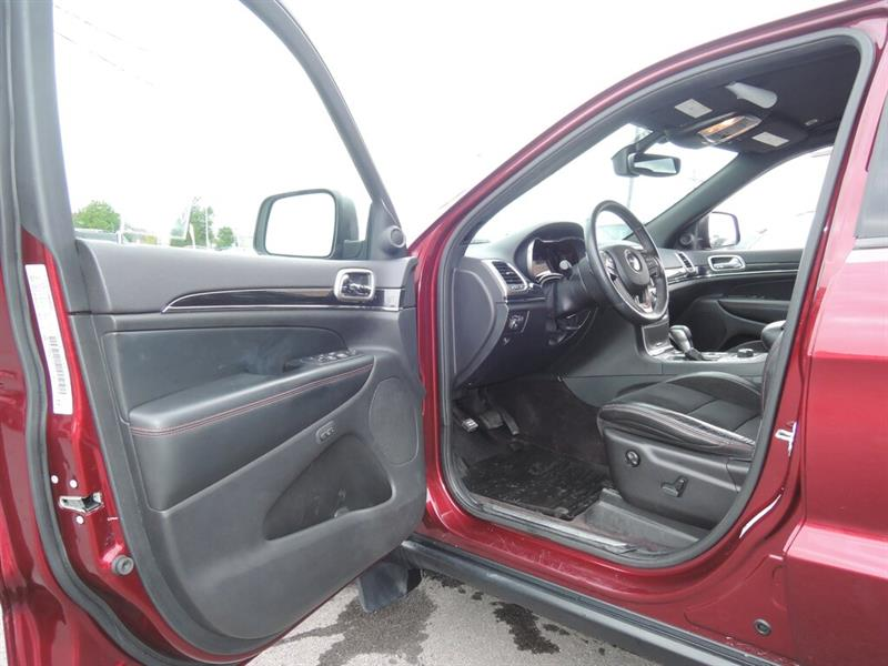 Jeep Grand Cherokee 16