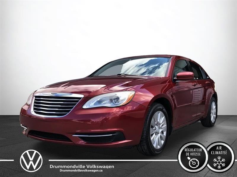 Chrysler 200 2011 LX   UN SEUL PROPRIO !!   BAS