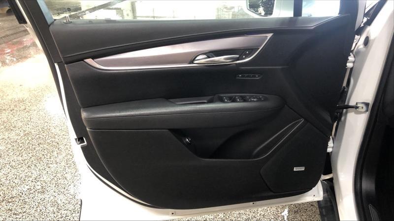 Cadillac XT5 20