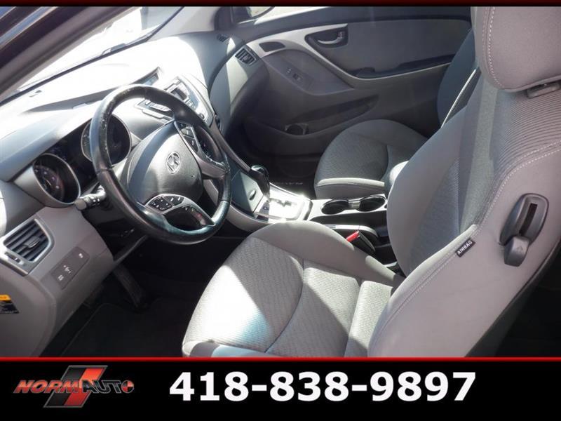 Hyundai Elantra Coupe 13