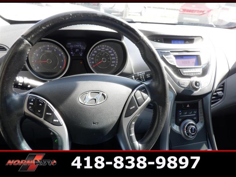 Hyundai Elantra Coupe 23