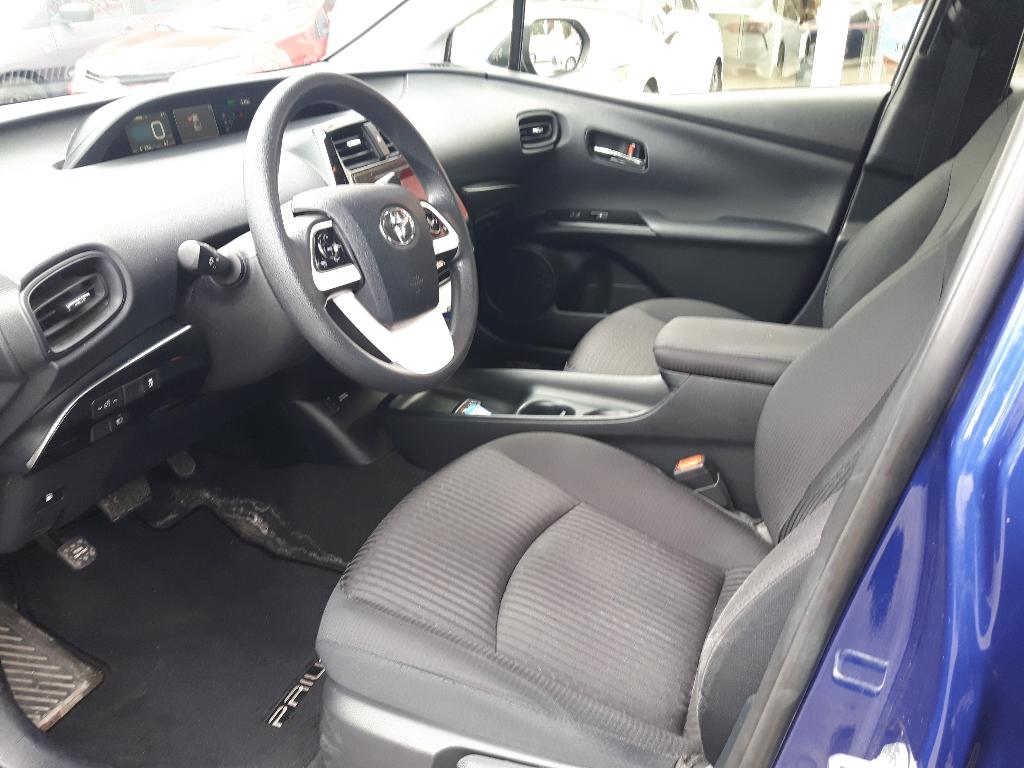 Toyota Prius 12