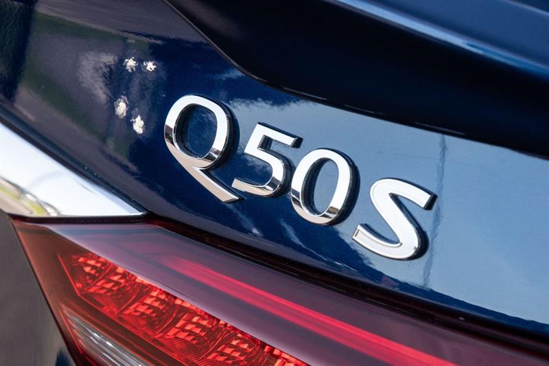 Infiniti Q50 10