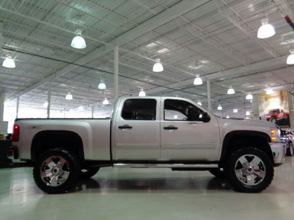 silverado duramax 2500 4x4 crew cab a vendre. Black Bedroom Furniture Sets. Home Design Ideas