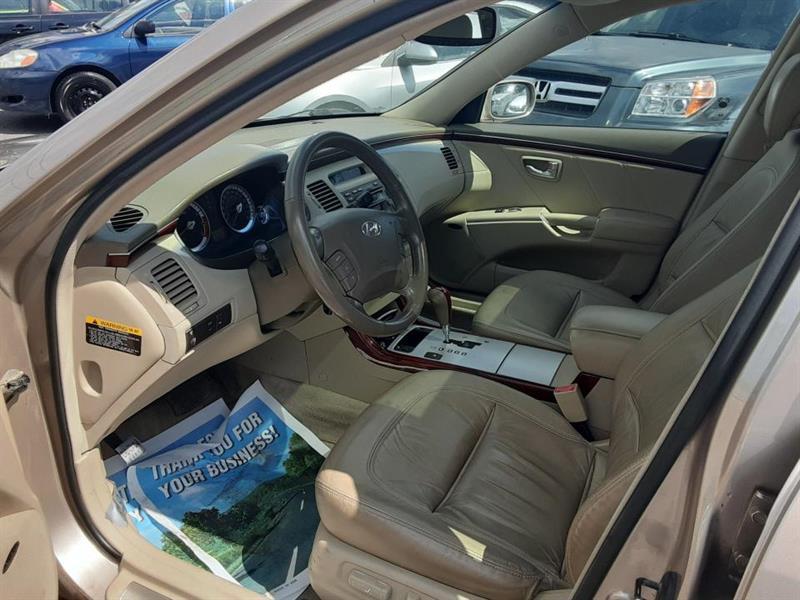 Hyundai Azera 7