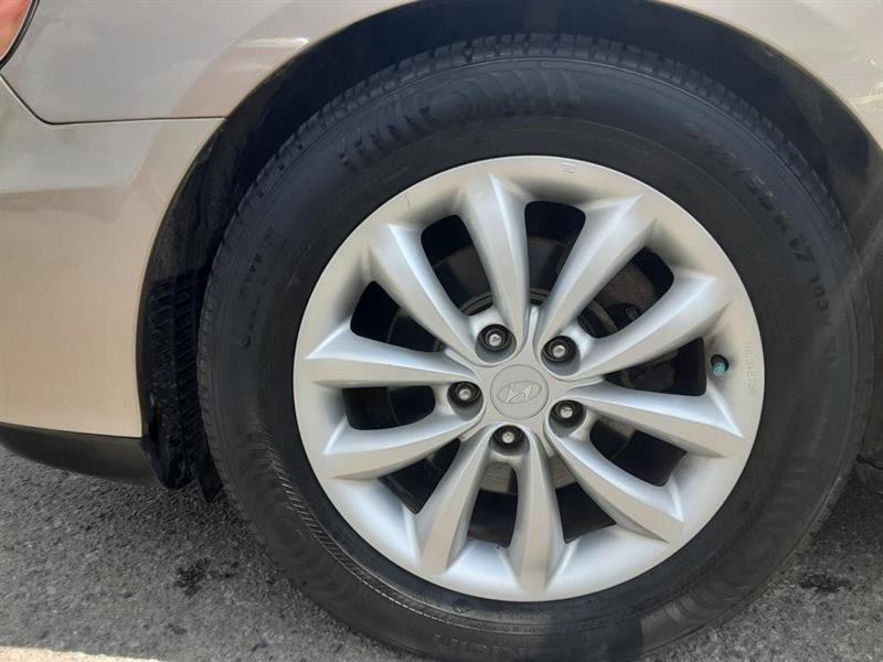 Hyundai Azera 13