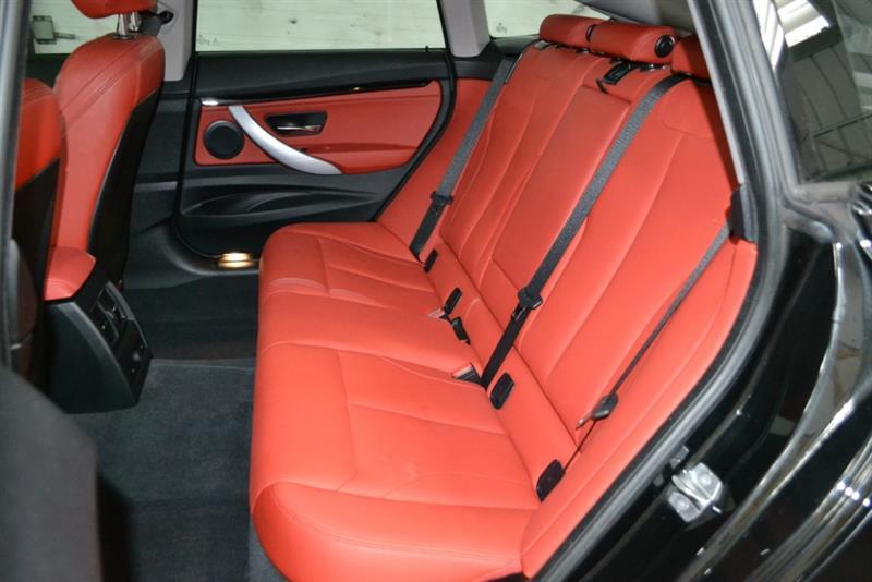 BMW 3 Series 32