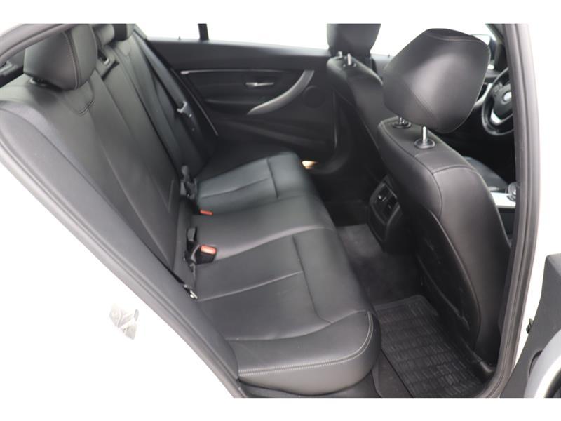 BMW 3 Series 21