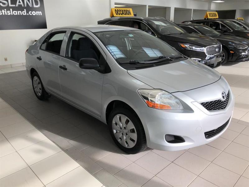 Toyota Yaris 2009 BASE AUTO