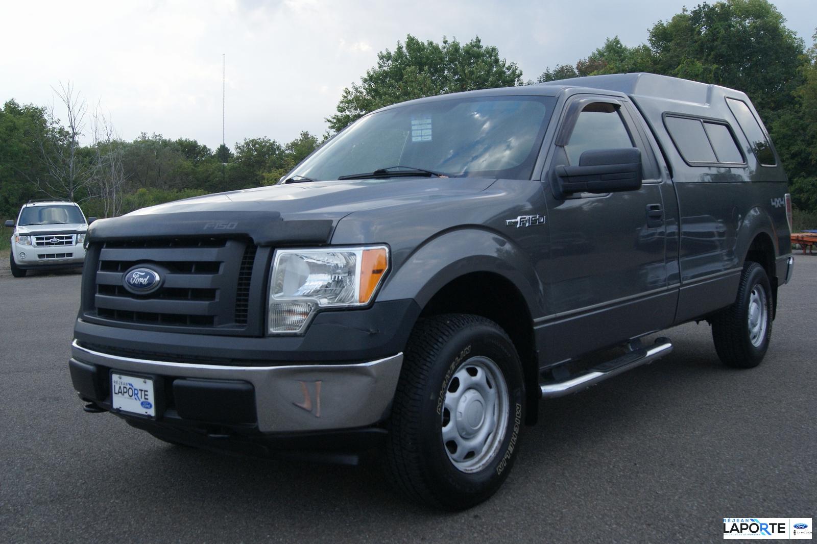 Ford F-150 2010 XL #17724B