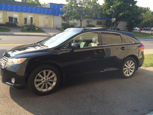 Toyota Venza 4dr Wgn AWD 2011 Unknown automatic of 71 000 km