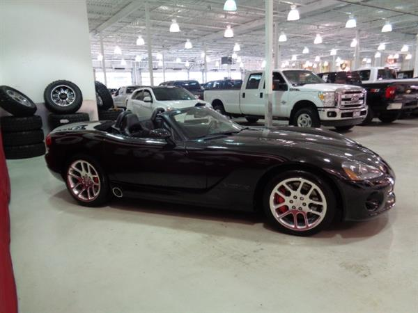 dodge viper vendu sold vendu sold 2005 occasion vendre. Black Bedroom Furniture Sets. Home Design Ideas