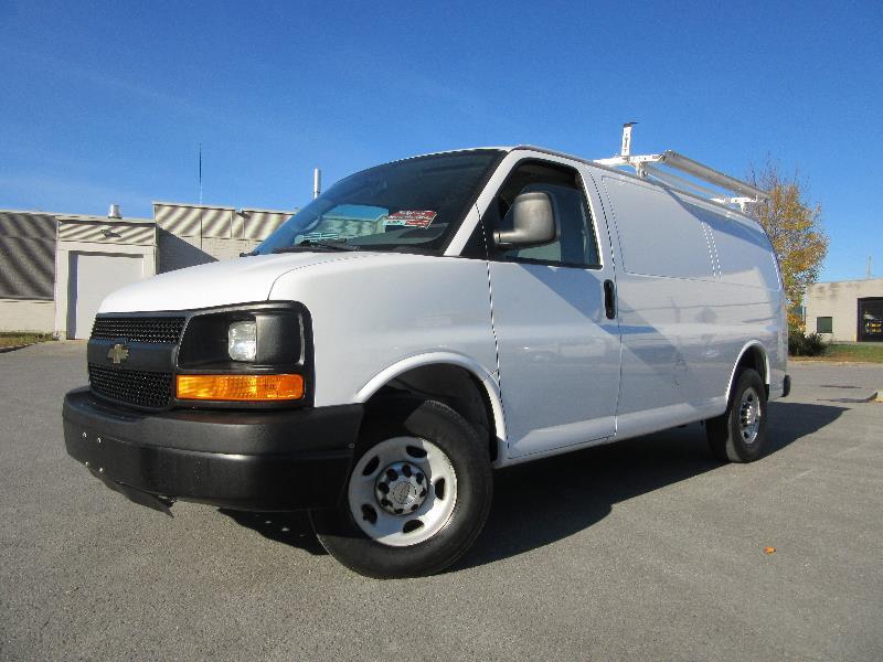 chevrolet express cargo van 2500 2012 occasion vendre laval chez pronto automobile. Black Bedroom Furniture Sets. Home Design Ideas