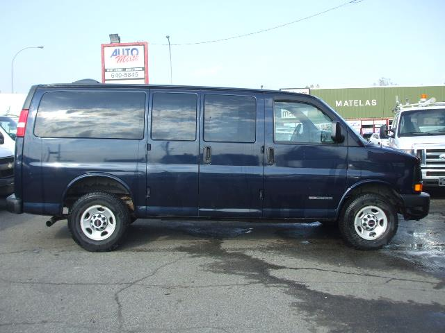 GMC Savana Passenger 2006