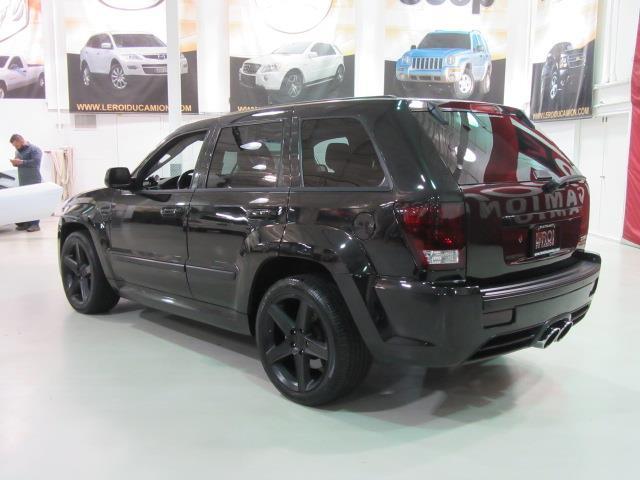 jeep grand cherokee srt8 supercharged 600hp 2008 occasion vendre saint eustache chez le roi du. Black Bedroom Furniture Sets. Home Design Ideas