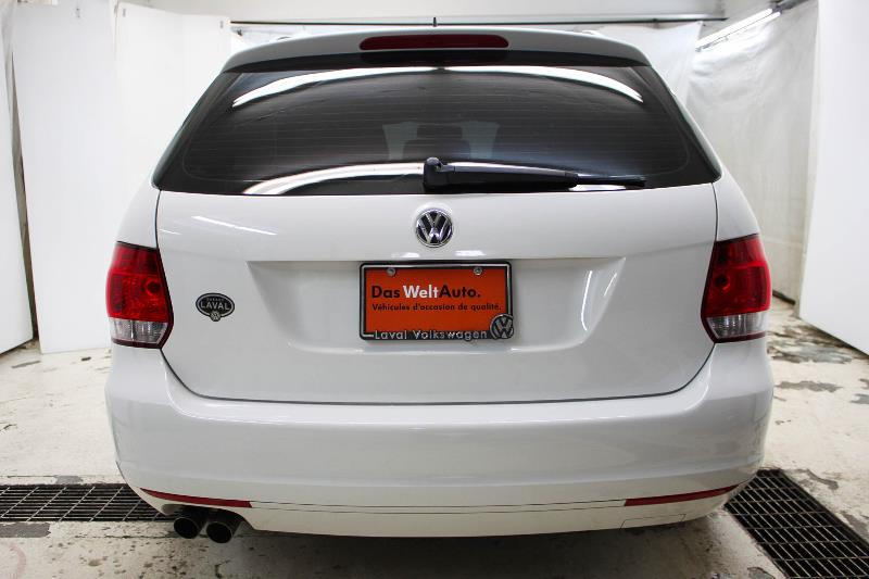 2013 volkswagen golf wagon usag concession vw qu bec for Golf interieur laval