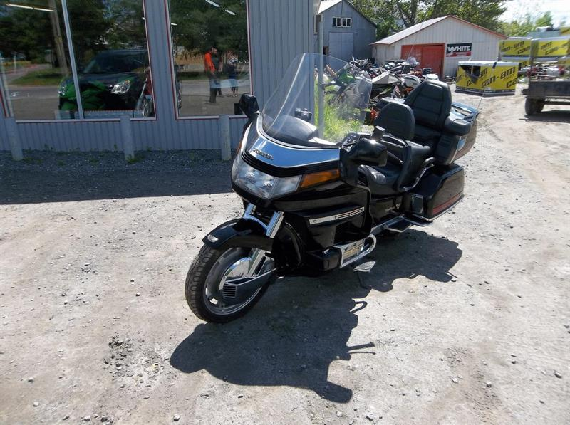 Honda GL1500 1991 GoldWing SE #UN002037