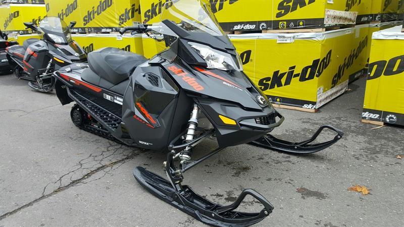 Ski-Doo neuf MXZ TNT 800R E-TEC 2015
