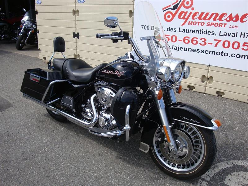 harley davidson road king 2010 occasion vendre laval lajeunesse moto sport lt e. Black Bedroom Furniture Sets. Home Design Ideas