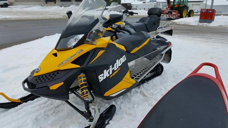 Ski-Doo MXZ SPORT 600 ACE 2012