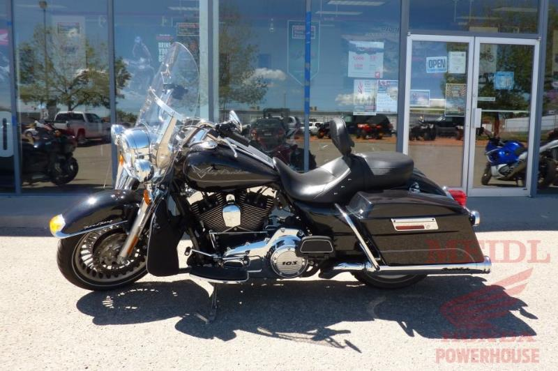 2013 Harley Davidson FLHRI Road King