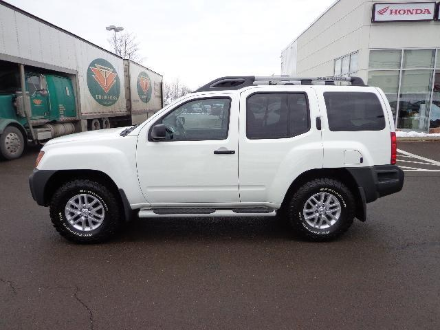 2015 nissan xterra s used for sale in fredericton at sutherland honda. Black Bedroom Furniture Sets. Home Design Ideas