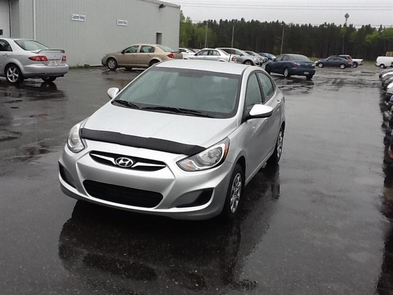 2012 Hyundai Accent Sedan L #2477