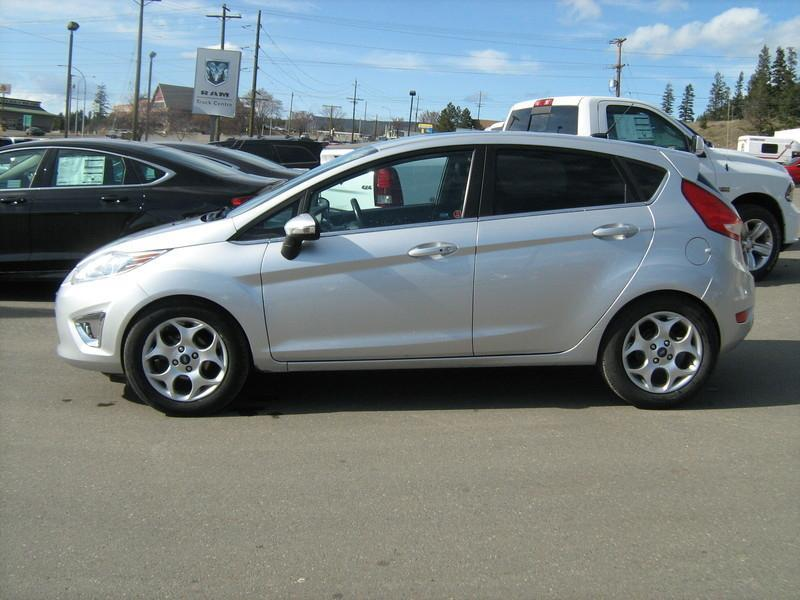 2011 Ford FIESTA SES #15009A