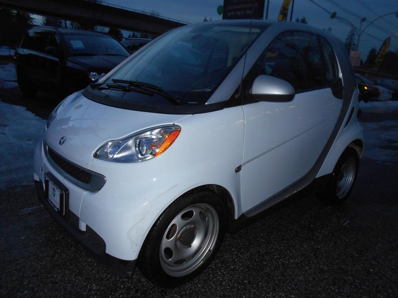 2011 Smart fortwo Coupe Pure #MM8238