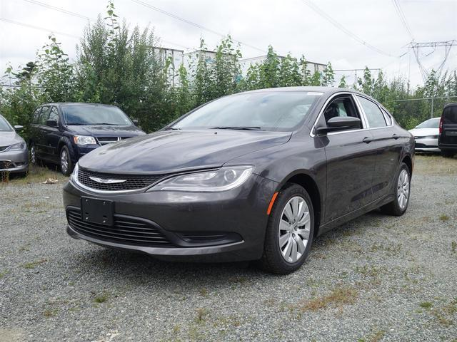 2016 Chrysler 200 LX #16B56
