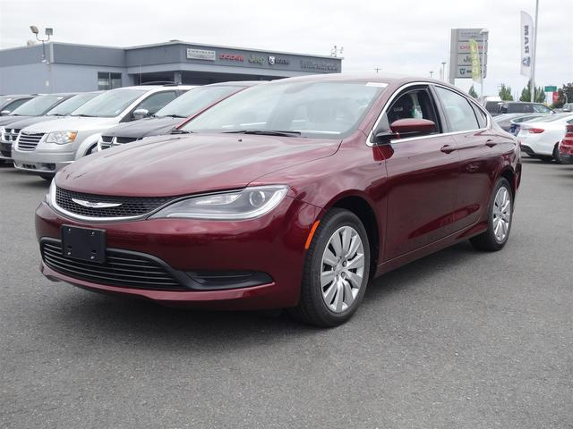 2016 Chrysler 200 LX #16B54